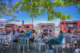 Moradores prestigiam atividades gratuitas no evento 'Eu Amo a Praça'