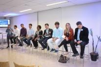 Fala, Candidato reúne mais de 40 jovens na Capital