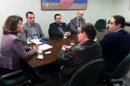 CDL de Florianópolis formaliza denúncia ao MP exigindo mais fiscalização contra o comércio ilegal